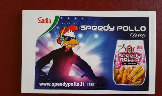 Speedy Pollo sostiene la Scuola